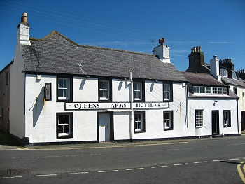 Queens Arms Hotel, 22 Main Street